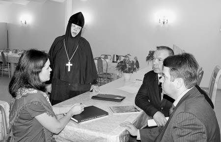 Попечительский совет слободского Христорождественского монастыря