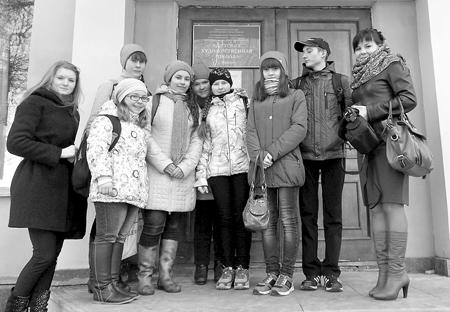 Участники Межрегионального конкурса «Наследники Васнецовых»
