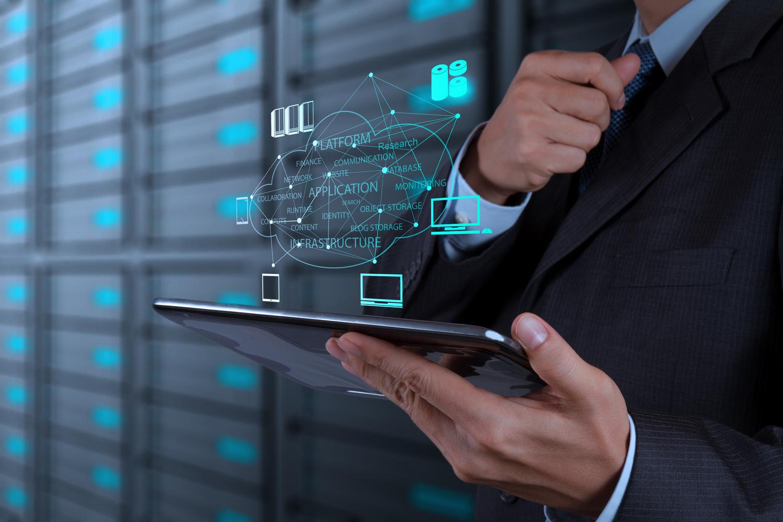 CRM-система помогает оптимизировать бизнес-процессы и дать возможность руководителю компании думать о более стратегических вещах